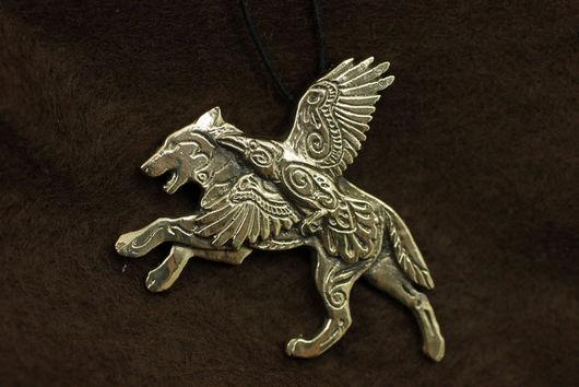 Волк, волк кулон купить украшение волки бронза подвеска с волком ворон волк и ворон кулон авторские украшения