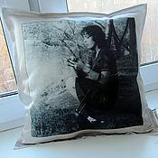 Подарки к праздникам ручной работы. Ярмарка Мастеров - ручная работа подушка с фото. Handmade.