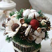 Подарки к праздникам ручной работы. Ярмарка Мастеров - ручная работа Новогодняя композиция из природных материалов #1. Handmade.