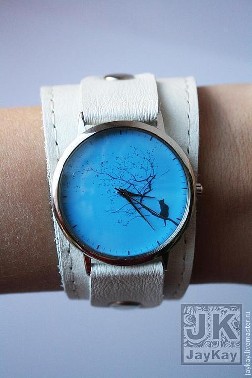 """Часы ручной работы. Ярмарка Мастеров - ручная работа. Купить Наручные часы JK """"Кот на ветке в голубом"""". Handmade."""