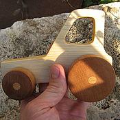 Техника, роботы, транспорт ручной работы. Ярмарка Мастеров - ручная работа Деревянный трактор. Handmade.