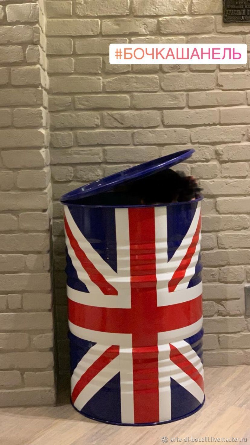 Designer brand barrel with logo, Pedestals, Moscow,  Фото №1