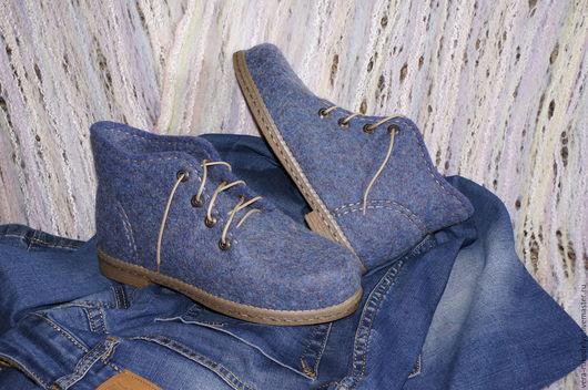 """Обувь ручной работы. Ярмарка Мастеров - ручная работа. Купить Ботинки валяные """"Джинсовая феерия"""". Handmade. Валяная обувь"""