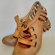 Винтаж ручной работы. Ярмарка Мастеров - ручная работа Туфельки со шнуровкой оригинально оформленной пяткой на 39 размер.. Handmade.