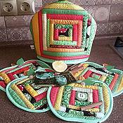 """Для дома и интерьера ручной работы. Ярмарка Мастеров - ручная работа Грелка на чайник """"Россыпь яблок"""" + прихватки. Handmade."""