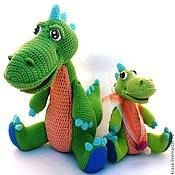 Куклы и игрушки ручной работы. Ярмарка Мастеров - ручная работа Вязаные  дракоши - семейка  драконов - Мама и малышка. Handmade.