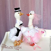 Свадебный салон ручной работы. Ярмарка Мастеров - ручная работа Мартин+Марта, игрушки в подарок на свадьбу, жених и невеста, пара. Handmade.