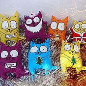 Мягкие игрушки ручной работы. Ярмарка Мастеров - ручная работа Новогодние игрушки для хорошего настроения Коты Маврикии. Handmade.