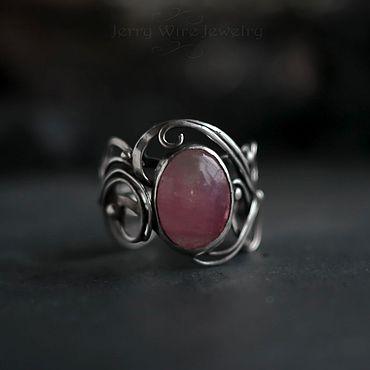 Украшения ручной работы. Ярмарка Мастеров - ручная работа Серебряное кольцо «Errai» с розовым турмалином. Handmade.