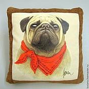 Для дома и интерьера ручной работы. Ярмарка Мастеров - ручная работа Подушка с собакой Мопс в платочке. Handmade.
