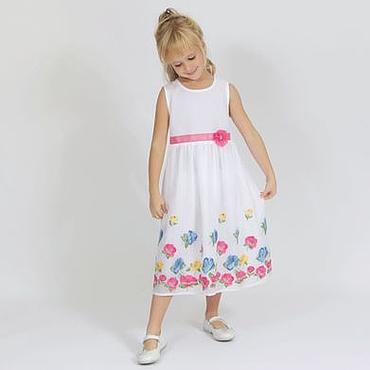 Работы для детей, ручной работы. Ярмарка Мастеров - ручная работа Белое летнее платье для девочки с вышитыми разноцветными цветами. Handmade.
