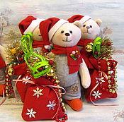 Куклы и игрушки ручной работы. Ярмарка Мастеров - ручная работа Новогодний мишка. Мишка с новогодним мешком. Мишка к Новому Году. Handmade.