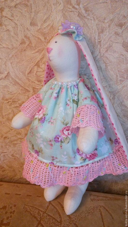 Куклы Тильды ручной работы. Ярмарка Мастеров - ручная работа. Купить Заяц Тильда с бантиком. Handmade. Комбинированный, зайка девочка