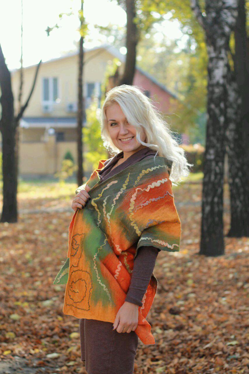 Хоровод осенних листьев картинки