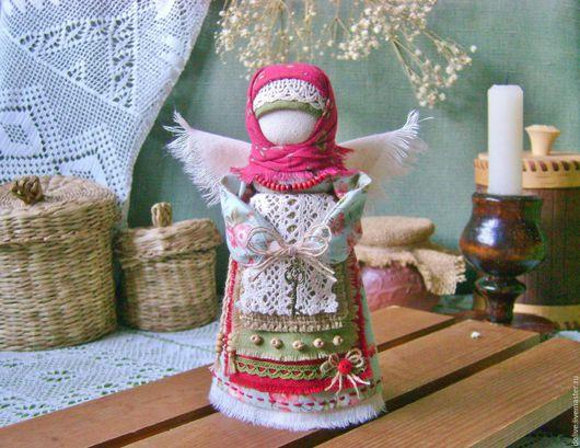 """Народные куклы ручной работы. Ярмарка Мастеров - ручная работа. Купить кукла Ангел """"Ключик от сердца"""". Handmade. Красный, бусины"""