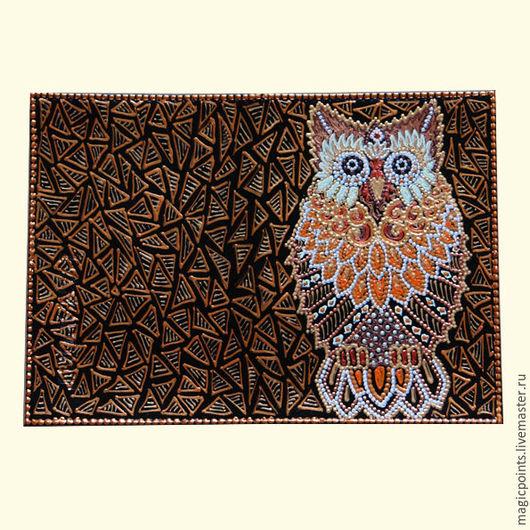 `Сова` обложка для паспорта. Обложка из натуральной кожи с ручной росписью. Ручная точечная роспись.