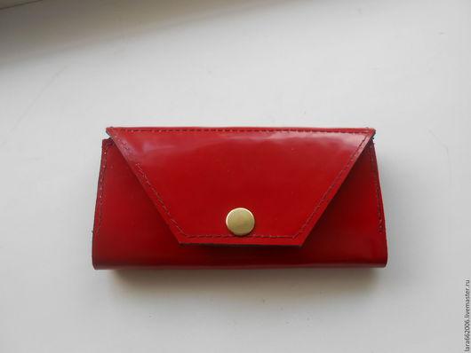 Женский кошелек из красной лаковой  итальянской натуральной  кожи, кошелек из кожи, красный кошелек, кожаный кошелек, кошелек из лака, кошелек ручной работы, купить кошелек, лаковый кошелек.