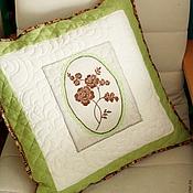 """Для дома и интерьера ручной работы. Ярмарка Мастеров - ручная работа Подушка с вышивкой """"Весенняя зелень"""". Handmade."""