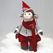 Подарки к праздникам ручной работы. Ярмарка Мастеров - ручная работа Обезьянка в рождественском наряде - символ 2016 года. Handmade.