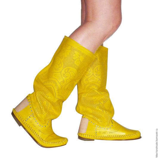 Обувь ручной работы. Ярмарка Мастеров - ручная работа. Купить Летние перфорированные сапоги PIZZO TIM / желтые/ 40 в наличии. Handmade.