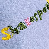 Одежда ручной работы. Ярмарка Мастеров - ручная работа Свитшот с вышивкой и помпонами «Шекспир». Handmade.