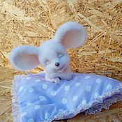 Куклы и игрушки ручной работы. Ярмарка Мастеров - ручная работа Мышка- сплюшка. Handmade.