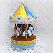 Куклы и игрушки ручной работы. Ярмарка Мастеров - ручная работа Музыкальная карусель из фетра. Handmade.