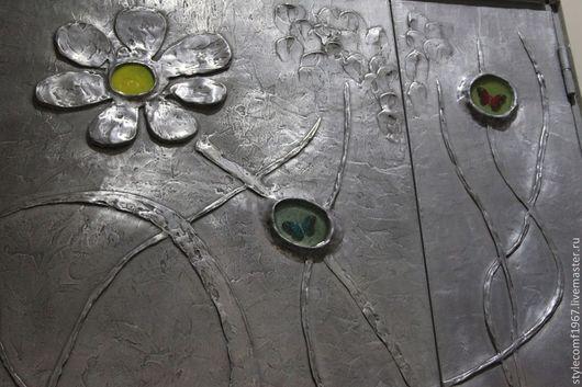Элементы интерьера ручной работы. Ярмарка Мастеров - ручная работа. Купить декоративная металлизация двери с барельефом. Handmade. Серебряный, панно