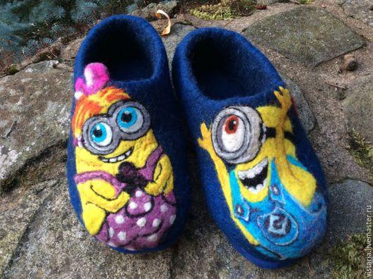 Обувь ручной работы. Ярмарка Мастеров - ручная работа. Купить Тапочки детские «Миньоны». Handmade. Тапочки валяные, шерсть 100%