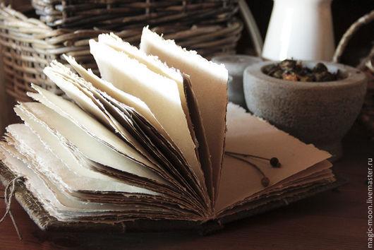 Ролевые игры ручной работы. Ярмарка Мастеров - ручная работа. Купить Книга зелий. Handmade. Книга в ручном переплете