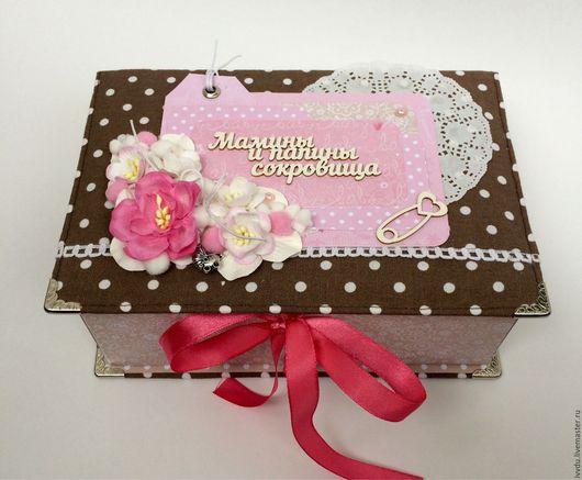 """Подарки для новорожденных, ручной работы. Ярмарка Мастеров - ручная работа. Купить ,,Мамины и папины сокровища"""". Handmade. Ткань, люверсы"""