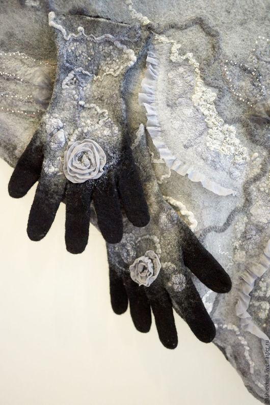 Варежки, митенки, перчатки ручной работы. Ярмарка Мастеров - ручная работа. Купить Валяные перчатки с бисером.. Handmade. Разноцветный