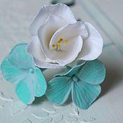 Свадебный салон handmade. Livemaster - original item Stud with flowers of Freesia and hydrangeas, decoration in the hair.. Handmade.