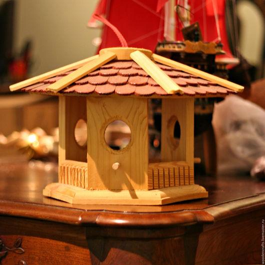 Экстерьер и дача ручной работы. Ярмарка Мастеров - ручная работа. Купить Кормушка деревянная. Handmade. Комбинированный, кормушка для птиц, скворечник