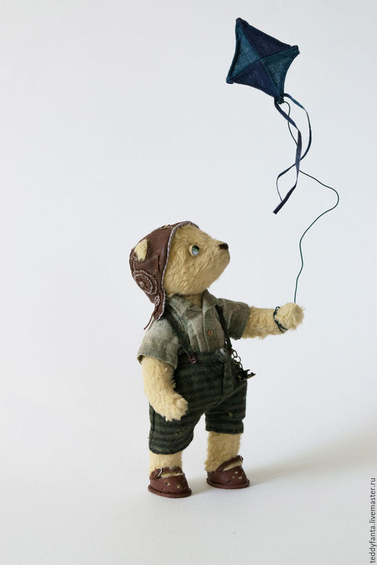Мишки Тедди ручной работы. Ярмарка Мастеров - ручная работа. Купить Сёма, юный воздухоплаватель. Handmade. Бежевый, воздушный змей