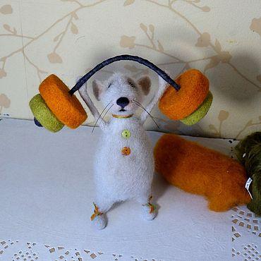 """Куклы и игрушки ручной работы. Ярмарка Мастеров - ручная работа Валяная игрушка Мышь """"Я все смогу!"""". Handmade."""
