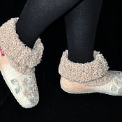 """Обувь ручной работы. Ярмарка Мастеров - ручная работа Валяные женские тапочки """"Крем-брюле"""". Handmade."""