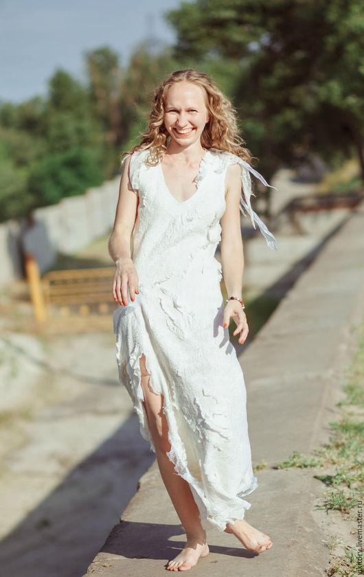 """Платья ручной работы. Ярмарка Мастеров - ручная работа. Купить Платье """"Нежность"""". Handmade. Белый, платье свадебное, валяная одежда"""