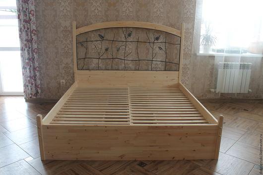 Мебель ручной работы. Ярмарка Мастеров - ручная работа. Купить Двуспальная кровать с ковкой и 4 ящиками. Handmade. Бежевый