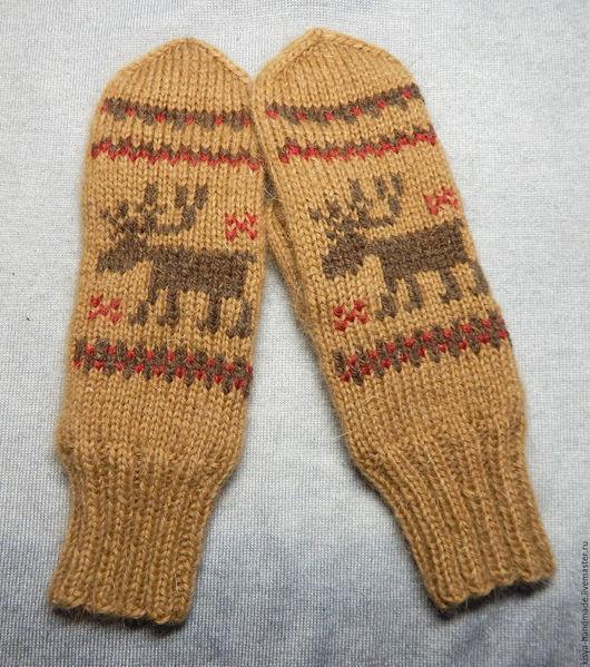Варежки, митенки, перчатки ручной работы. Ярмарка Мастеров - ручная работа. Купить Варежки с оленями (бежевые). Handmade. Орнамент