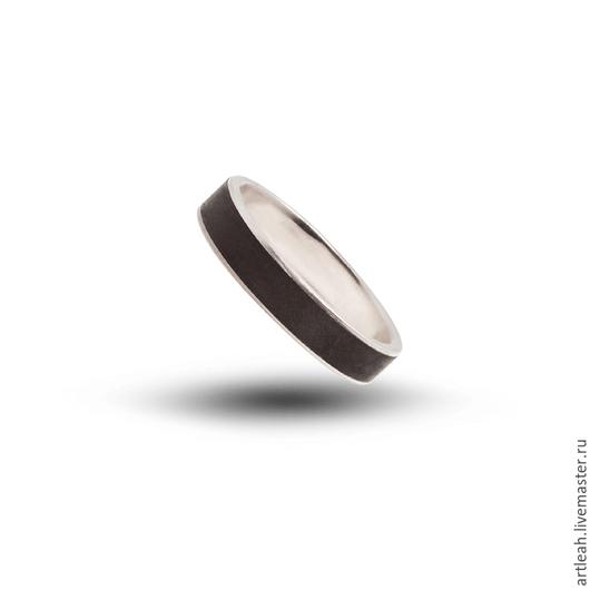 Кольца ручной работы. Ярмарка Мастеров - ручная работа. Купить Обручальное кольцо золотое с стабилизированным деревом Клен.. Handmade.