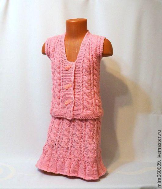 Одежда для девочек, ручной работы. Ярмарка Мастеров - ручная работа. Купить Вязаный комплект для девочки:юбочка и жилет. Handmade. Розовый