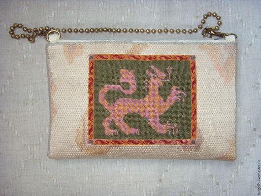 Женская сумочка. Ручная вышивка. Барджелло + крестик. Две разные стороны.