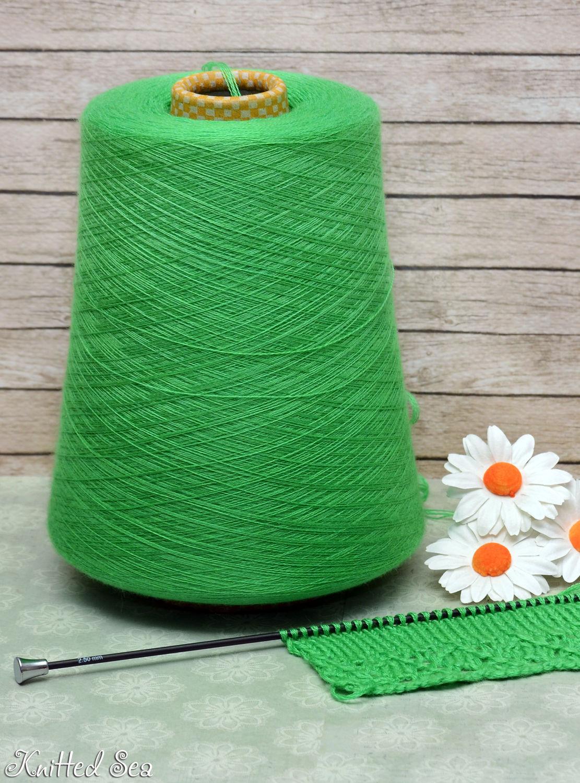 Вязание из зеленых ниток
