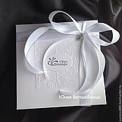 Сувениры и подарки ручной работы. Ярмарка Мастеров - ручная работа Коробка из дизайнерского картона с отделкой тиснением - упаковка. Handmade.