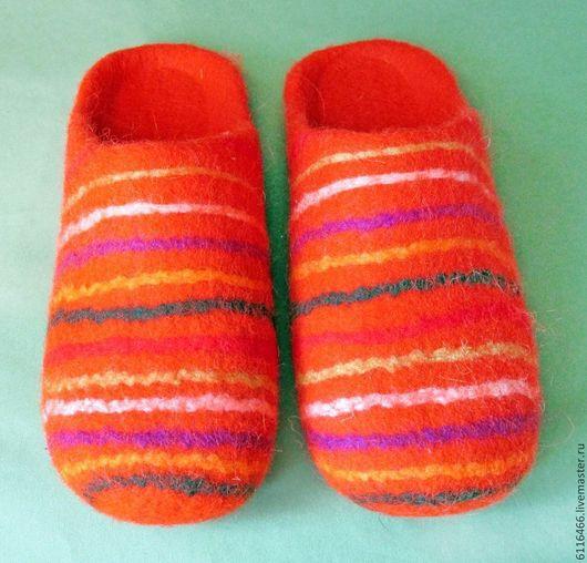 """Обувь ручной работы. Ярмарка Мастеров - ручная работа. Купить домашние валяные тапочки из натуральной шерсти """"Полосатые"""". Handmade. Разноцветный"""
