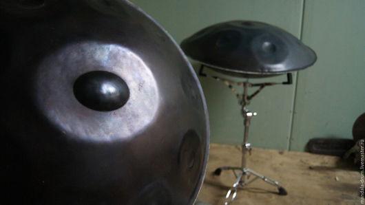 Overtone hand pan