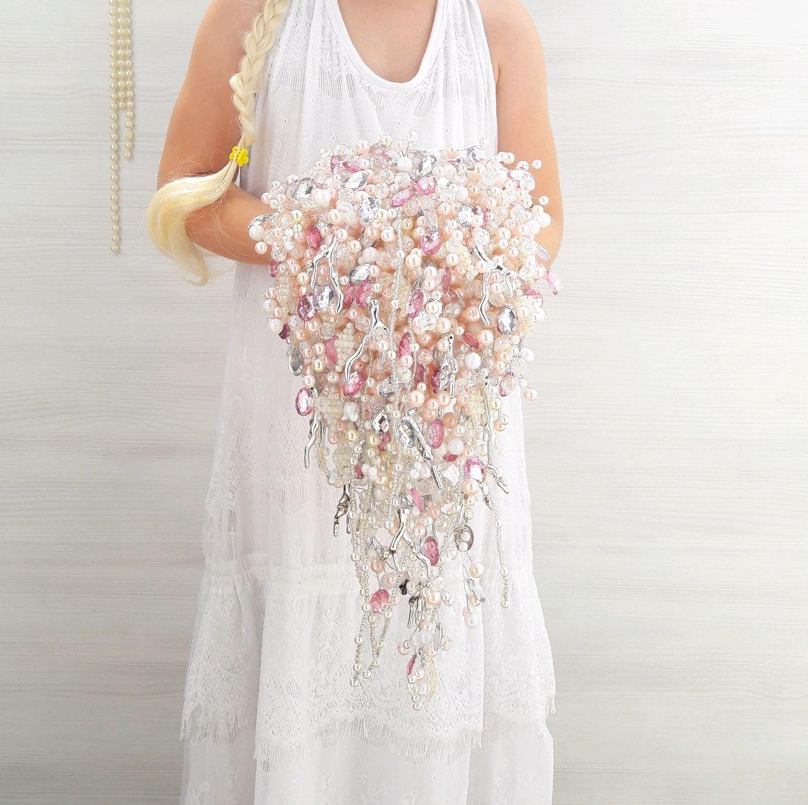 Ramo de novia en cascada de perlas de perlas, strass. rosa Broche ramo, Wedding bouquets, Moscow,  Фото №1