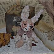 Куклы и игрушки ручной работы. Ярмарка Мастеров - ручная работа Артист забытого времени, интерьерная игрушка, заяц. Handmade.
