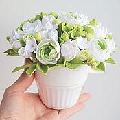 Цветы и флористика ручной работы. Ярмарка Мастеров - ручная работа Миниатюрный букет из полимерной глины  в чашечке. Handmade.